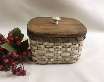 Storage Basket with a Lid-Napkin Basket-Fruit Basket-Bread Basket-Handwoven Basket-Square Basket-Rustic-Primitive