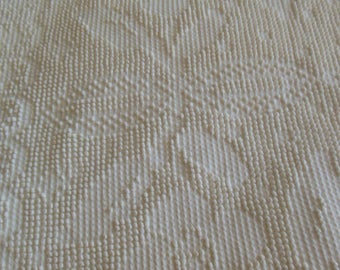 Gorgeous Cream Chenille Bed Spread, Fringed, Full Size By Baltimore Bella