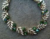 Lisner Choker Necklace, Adjustable. Emerald Green Rhinestones. Gold Tone Leaves. Vintage 1950s 1960s. Christmas, Holiday, Wedding Necklace.