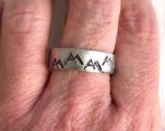 Rocky Mountains Ring, hand stamped ring, hammered ring, silver mountain ring, adjustable band,  unisex jewelry, adventure jewelry