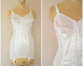 Vintage Girdle / White Full Girdle / Bra Girdle / Vintage Shapewear / 40C