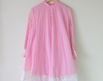 1960s PINK LACE Peasant Dress...size 10 girls...hand smocked. girls. designer vintage. lace. dainty. peasant. classic. wedding. ruffled.