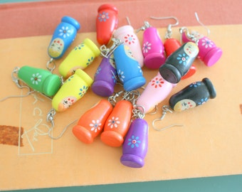 Vintage RUSSIAN NESTING DOLL Earrings...dangly. cute. kitschy. vintage charms. creepy. charm earrings. retro. kitsch jewelry. doll charms