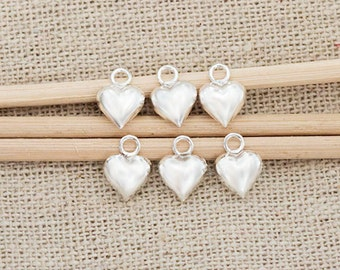6 of 925 Sterling Silver Heart Charms 6 mm. :th2535