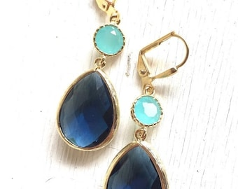 Sapphire and Aqua Blue Dangle Earrings. Beidesmaids Gift. Wedding Jewelry. Navy Mint Earrings. Drop Earrings. Gold Earrings. Gift for Her.