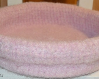 Tinka - cat bed - Hand crochet and felted- pink  100 % wool - popular pet bed