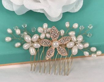 Pearls of the Meadow - Freshwater Pearl,Swarovski crystal and Rhinestone Flower Bridal Comb