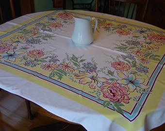 """Vintage Tablecloth, Cheerful Color and Design, c.1950's 47 x 52 1/2"""""""