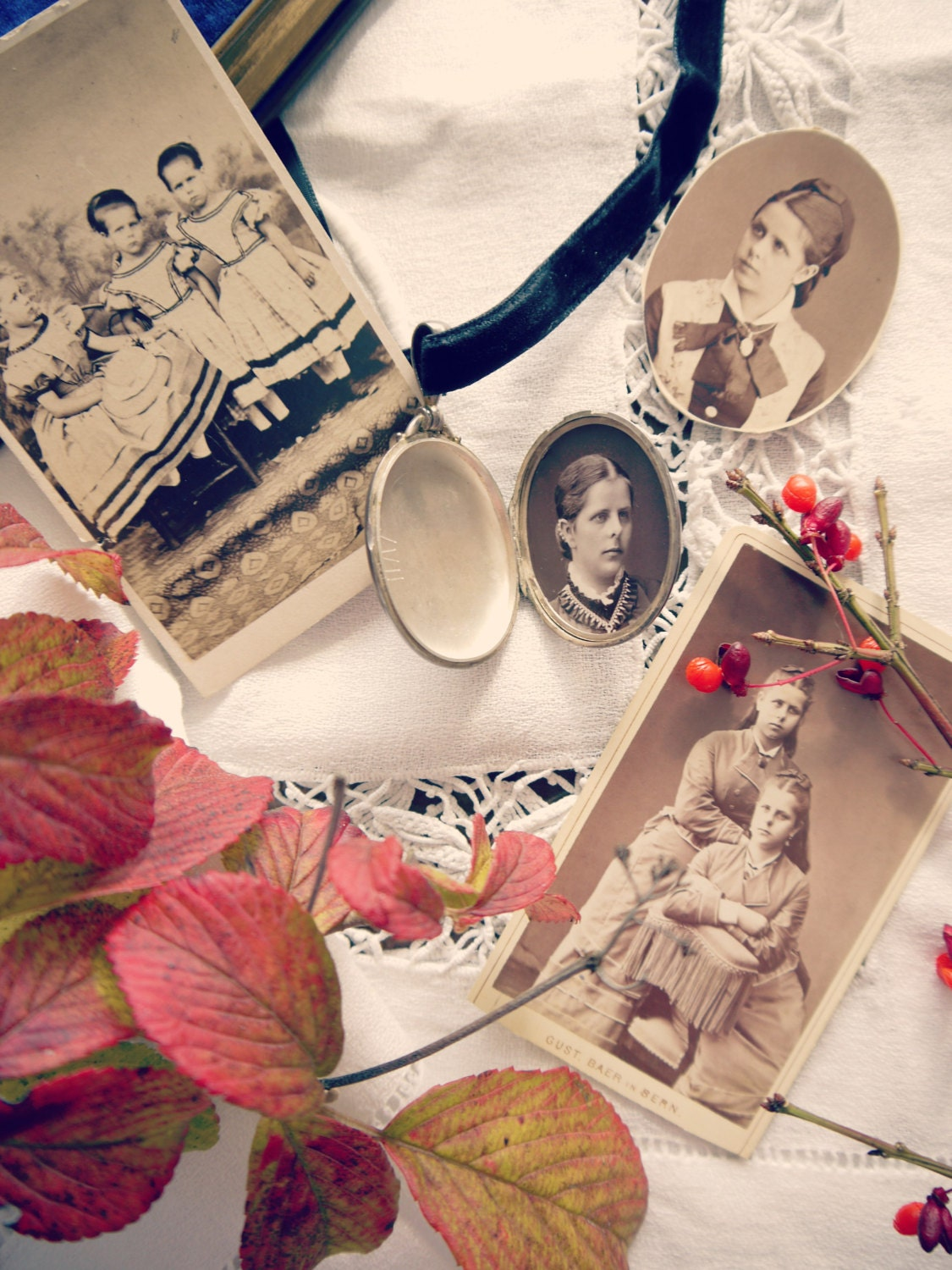 Paulines locket with all the pictures of her. She had a twin sister (Irma) and an older sister.