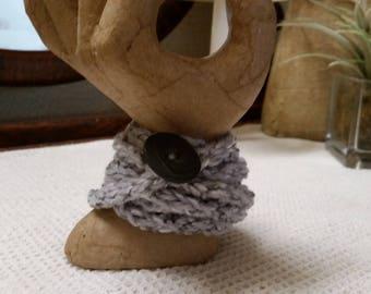 Women's bracelet, Women's accessories, Crochet bracelet, Crochet accessories, Yarn, Buttons, Gray, Gray colored button, Necklace