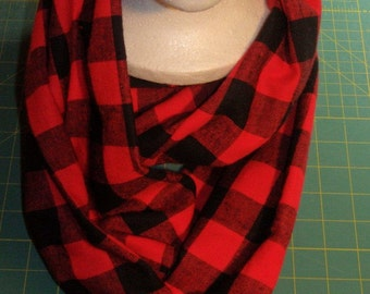 Buffalo Plaid Scarf, Red & Black Scarf, Plaid Flannel Scarf, Flannel Infinity Scarf, Lumberjack Scarf, Gifts for Her, Christmas Gifts