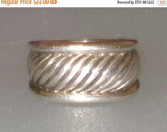 Heavy Sterling Ring / Men's, Ladies Modern Striated Design / Size 7 to 7.5 / Wide Band / FREE US Shipping