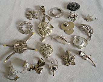 19 Vintage Brooch Pins Brooches Brooch Silver Tone Silvertone  Instant Collection Lot
