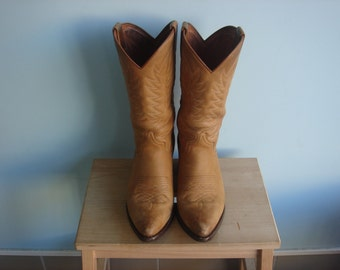 Women's Leather SENDRA Western Boots Size 7.5