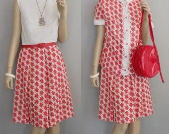 Sixties Mod Rockabilly Preppy Secretary Marilyn Red & White Atomic Print Sleeveless dress w/ matching jacket Vintage 60s Dress 12