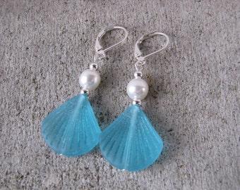 Turquoise blue sea glass earrings sea life clam shell white pearl beach glass blue jewelry bridesmaid wedding set