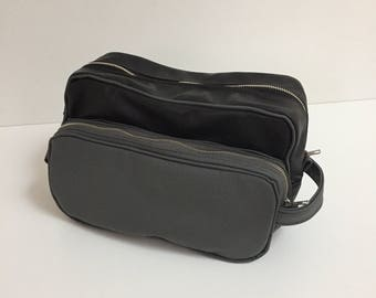 Leather Toiletry Bag, Leather Shaving Bag, Leather Travel Bag, Leather Dopp Kit, Groomsmen Wedding Gift, Fathers Day Gift, Leather Bag