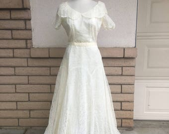 Authentic 40s Lace Wedding Dress w/Veil & Fingerless Gloves PARTY LINES by DOMB Size M