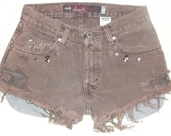 Vintage LEVI'S SILVER TAB cut off shorts Size 28 Waist, Studded, High waist
