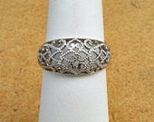 vintage 80s 10kt white gold heart filigree band ring size 7  free shipping