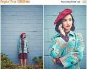 ON SALE // 80s Floral Tapestry Coat / Bohemian Coat/ Size S/M