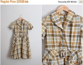 S a L E - 50s Plaid Dress / 1950s Day dress / Size Small