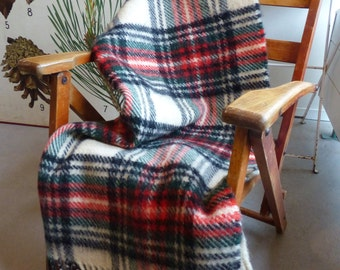 Wool Tartan 'AaBe'  plaid - small vintage child/ baby blanket