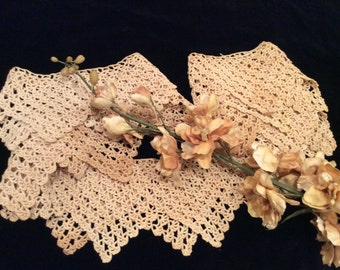 Vintage Crocheted Lace Edging for Round Tablecloth, Vintage Crochet Trim, Vintage Linens, Vintage Sewing Supplies, Vintage Craft Project