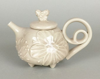 Light Pink Teapot / Pouring Jar / Olive Oil Jar / with a curly handle and feet