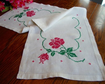 French Dresser Scarf Vintage Embroidered Table Runner Roses Table Linens