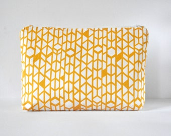 Woman's mustard yellow honeycomb abstract line print padded beauty bag cosmetics travel make up pouch XL extra large size.