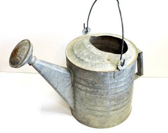 Galvanized Watering Can, Vintage Metal Portable Water Tight Container, Garden Tool, Primitive Rustic Farmhouse Home Decor, Yard Art