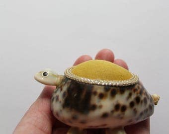 Vintage Seashell Turtle Pin Cushion 1970s