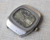 Vintage Soviet Russian wrist watch for parts. Didn't work.