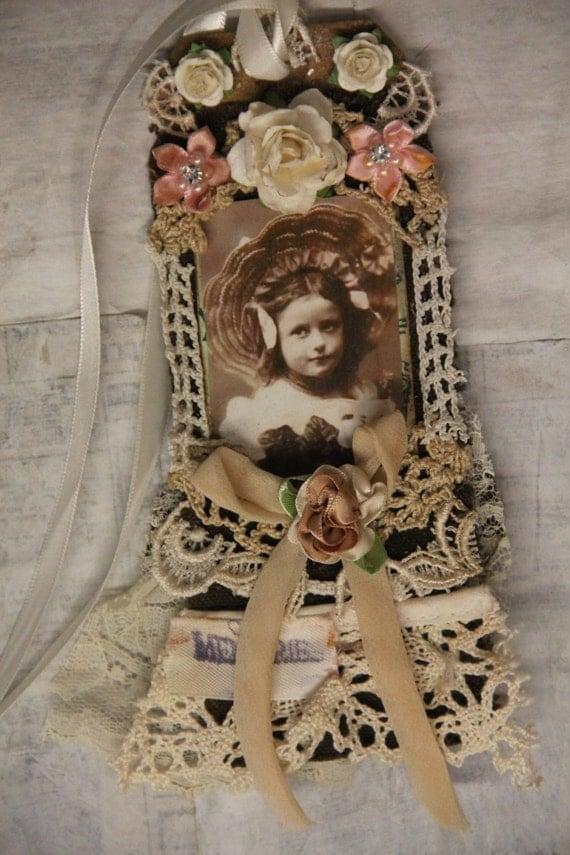 Vintage Child Gift Tag Lace Tag, Shabby Tag, Mixed Media Lace Tag.French Gift Tag Khatsart, Elite4u