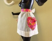 """MOD """"Sexy Housewife"""" Vintage 60s Apron with hearts! 1960s Mad Men  Valentine's Day 70s Hippie Boho Organza Psychedelic Plower Power Pockets"""