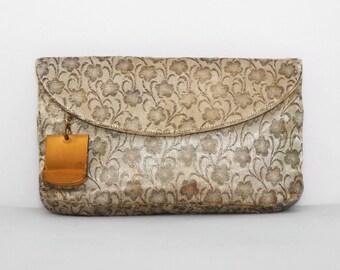 1950s Clutch. 50s Envelope Clutch. Sage Green Metallic Brocade Bag Floral Clutch Purse. 50s Handbag. Vintage Evening Bag. 50s Evening Clutch
