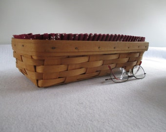 Longaberger Bread Basket, Vintage Handmade Signed 1996, Mulit-Use, Includes Protector and Two Liners Traditional Weaving Reinforced Rim