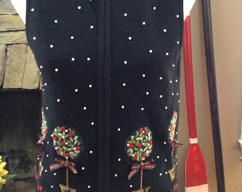 Ladies Vintage Black Ugly Tacky Christmas Vest Pearls Embroidered Topiaries Size Small (126)