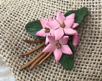 SPRING (SALE 50%) Leather Brooch, Pink Bouquet Brooch. Pink Flower Leather Flower Brooch, Pink Flower Bouquet Wedding Daisy Brooch. Star Flo