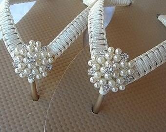 Ivory Macrame Flip Flops / Wedding Gold Flip Flops / Bridal Pearls Rhinestone / Bridal Sandals / Wedding Shoes / Bridesmaids Flip Flops.