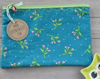 Large Zippered Pouch - Green Mini Floral Vintage Pattern