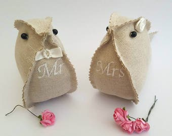 Embroidered personalised Lil' Love Birds Mr & Mrs Burlap Linen Hessian Wedding / Cotton Anniversary Gift. Shabby chic vintage