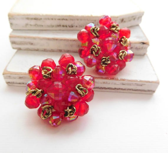Vintage W Germany Magenta Red Gold Knot Bead Cluster Clip On Earrings Q43