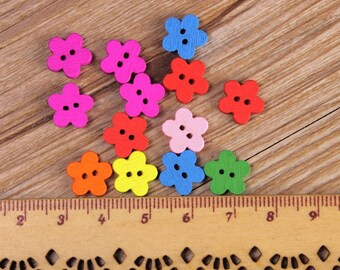 """30 PC Painted wood buttons 12mm - Wooden Buttons ,tree buttons, natural wood buttons """"little flower"""" A075"""