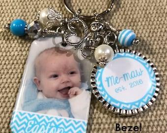 Mothers Day PERSONALIZED Photo Key Chain, Gift, for Grandma Mom Great Grandma Nana Nonna Mimi or Aunt - Chevron Butterfly