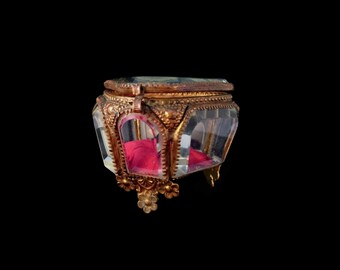 Antique French Jewellery Casket, Gilt Ormolu Flowers Rose Pink Silk Pillow, Bevelled Glass Gothic Display Vitrine, Romantic Gift, Love Token