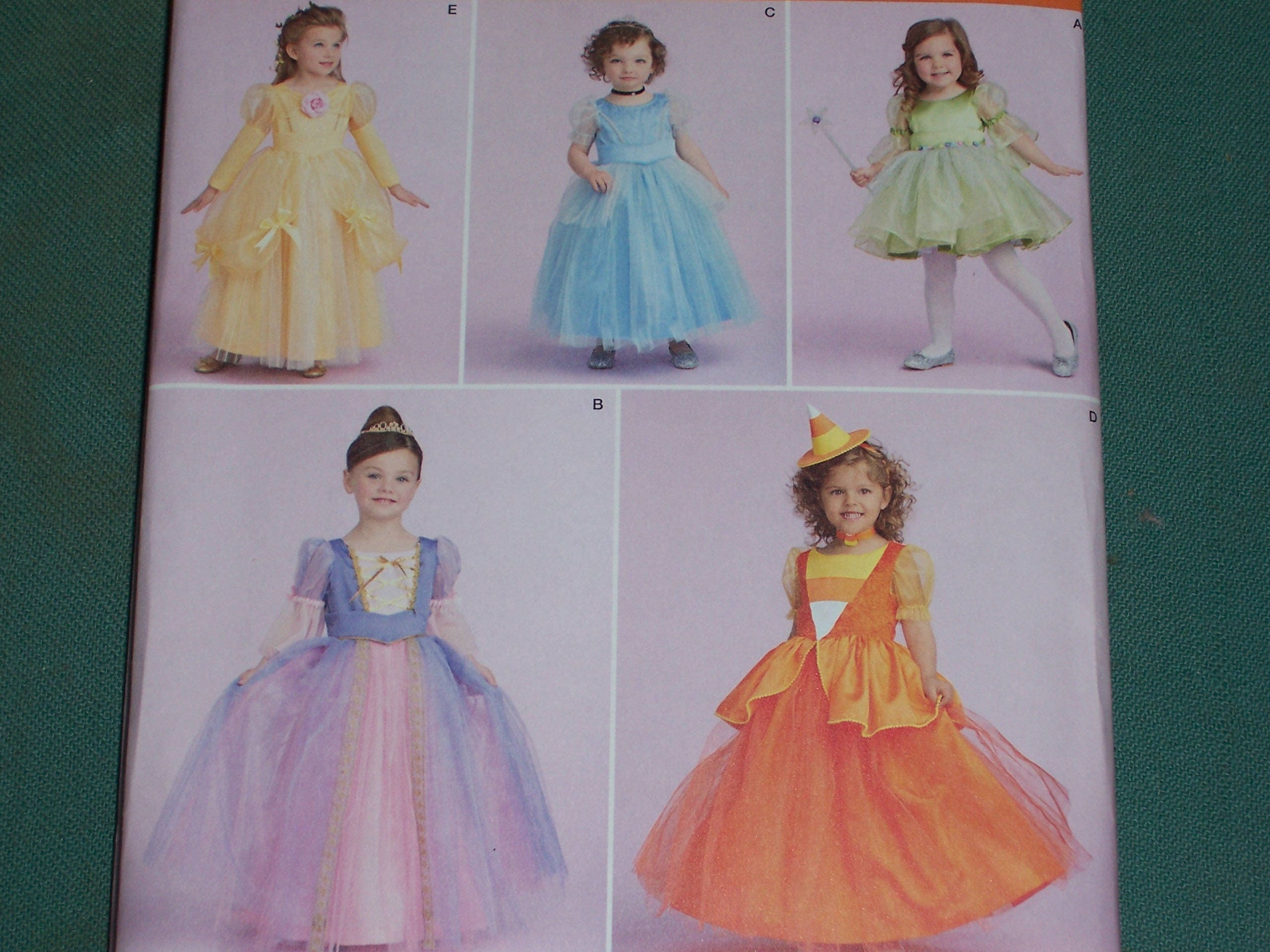 Simplicity Pattern 1303 Toddlers and Childs Costumes..Princess ...