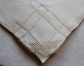 Vintage Linen Napkins 6 Lunch Dinner White Drawn Thread Fancywork Cloth Drawnwork