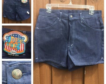VINTAGE 1970s - DEADSTOCK - Dee Cee Denim SHORTS With Original Tags - Metal Zipper - Made in America